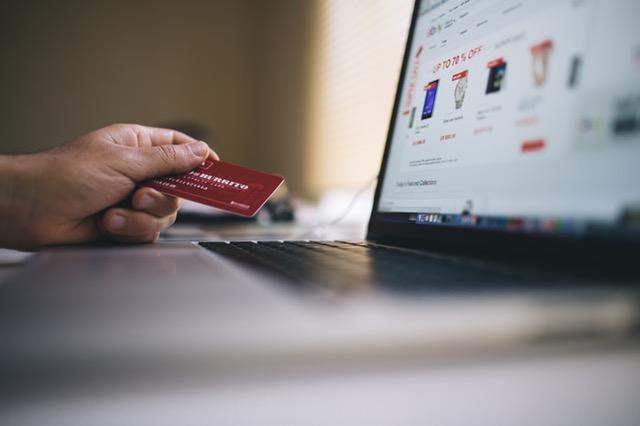 Fordele ved at shoppe tøjet over internettet