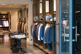 Mænd køber mere af deres tøj online end kvinder